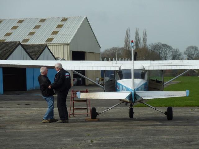 ...on rigole un bon coup avec Claude mon super Instructeur de vol...