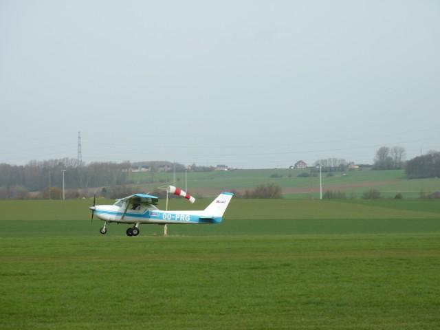 ...et puis on décolle!  Face au vent of course! :)