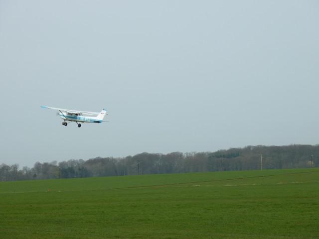 ...montée à 70MPH, virage au cap 260, prochain step à 900 pieds: l'after takeoff checklist...